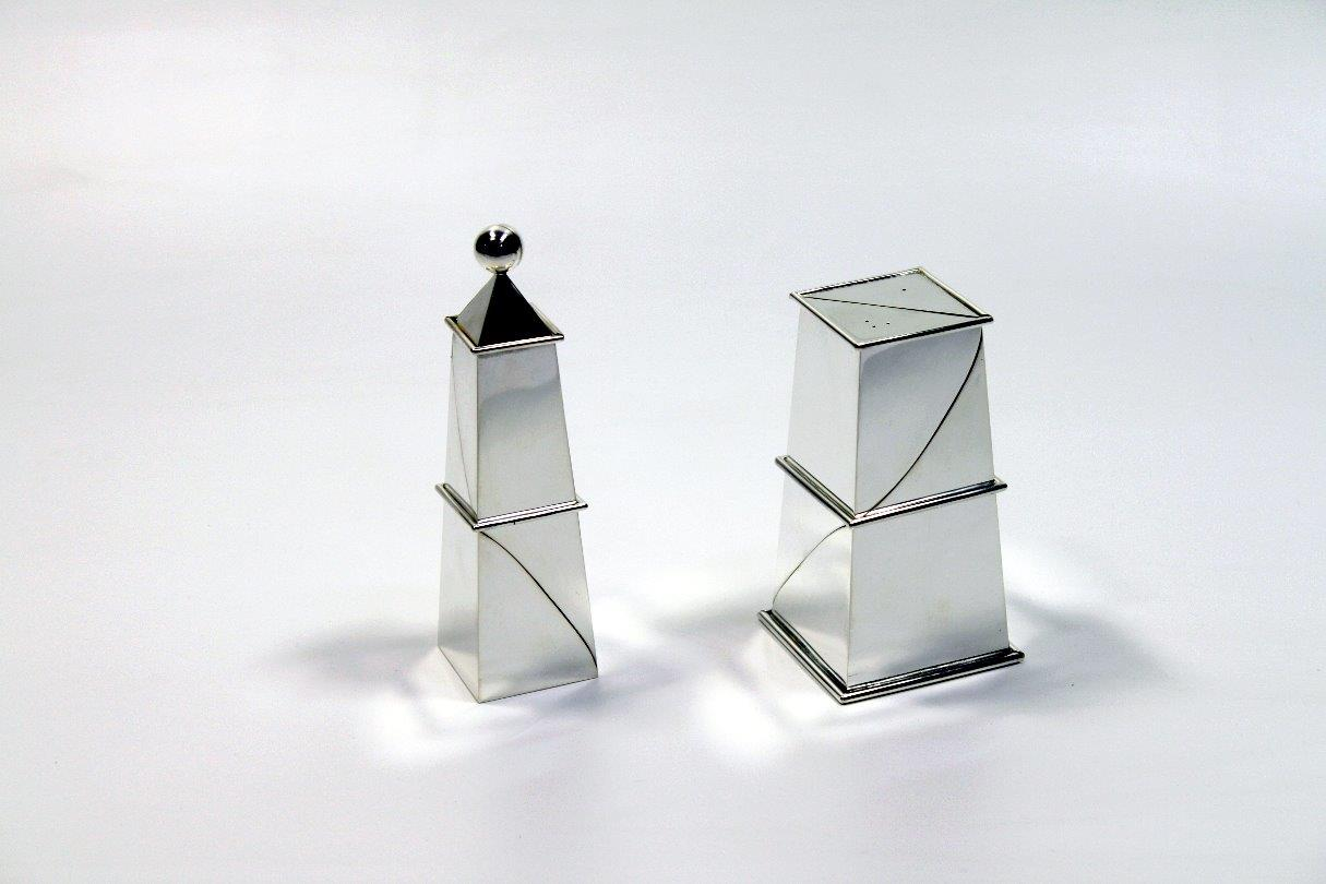 Silver candlesticks Twofold, designed and executed by silversmith Wouter van Baalen, Amsterdam 2009